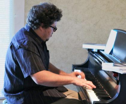 jackson-at-piano-2